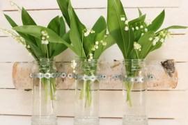 Björk med vaser