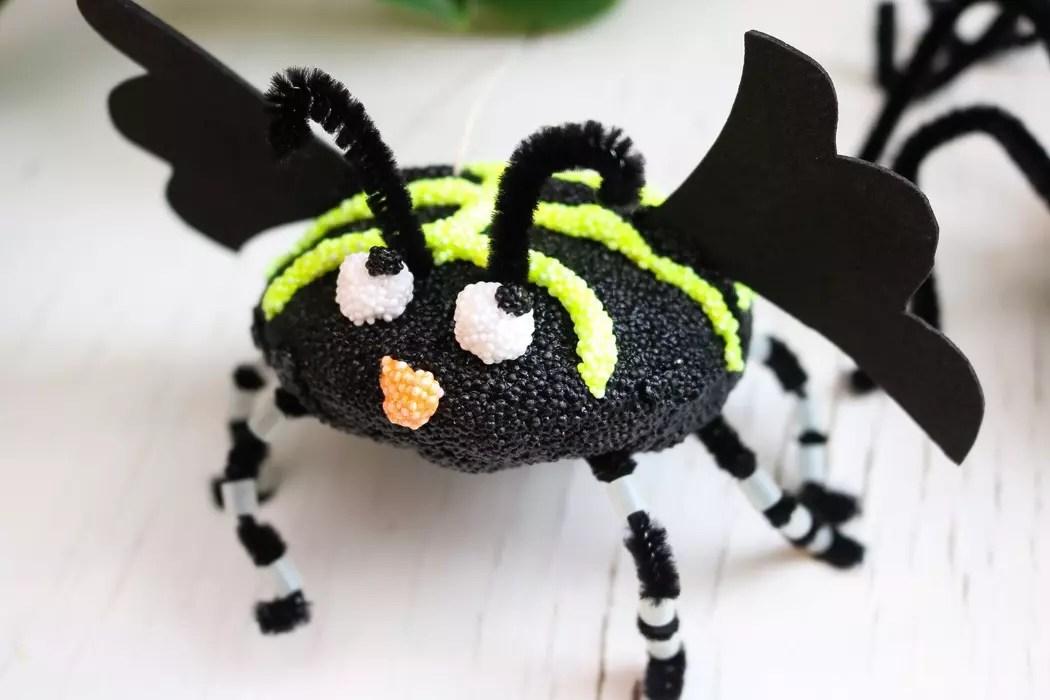 Halloweenpyssla med Foamclay