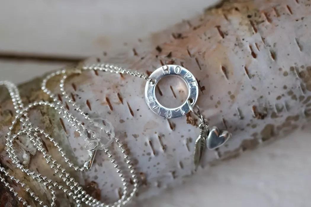 Smycken med text