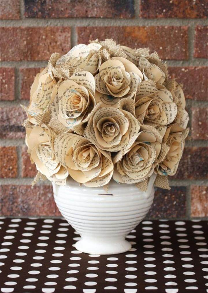 21 Easy Handmade Projects Made With Old Books DIY To Make