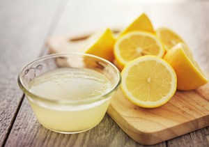 Treating Cheeks Pimples With Lemon Juice