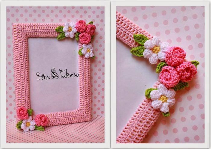 Rakan Foto Rajutan dari Thread Pink dengan Bunga