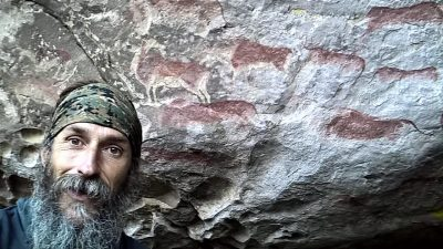 Ras Vaughan Cave Art
