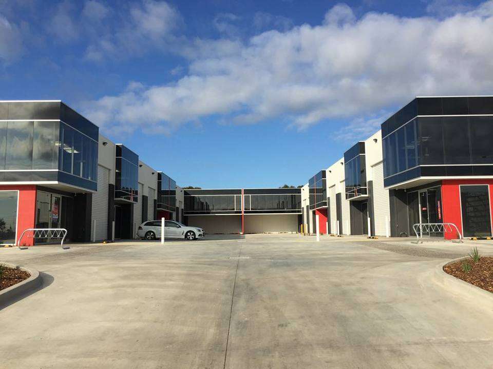 western suburbs commercial builder