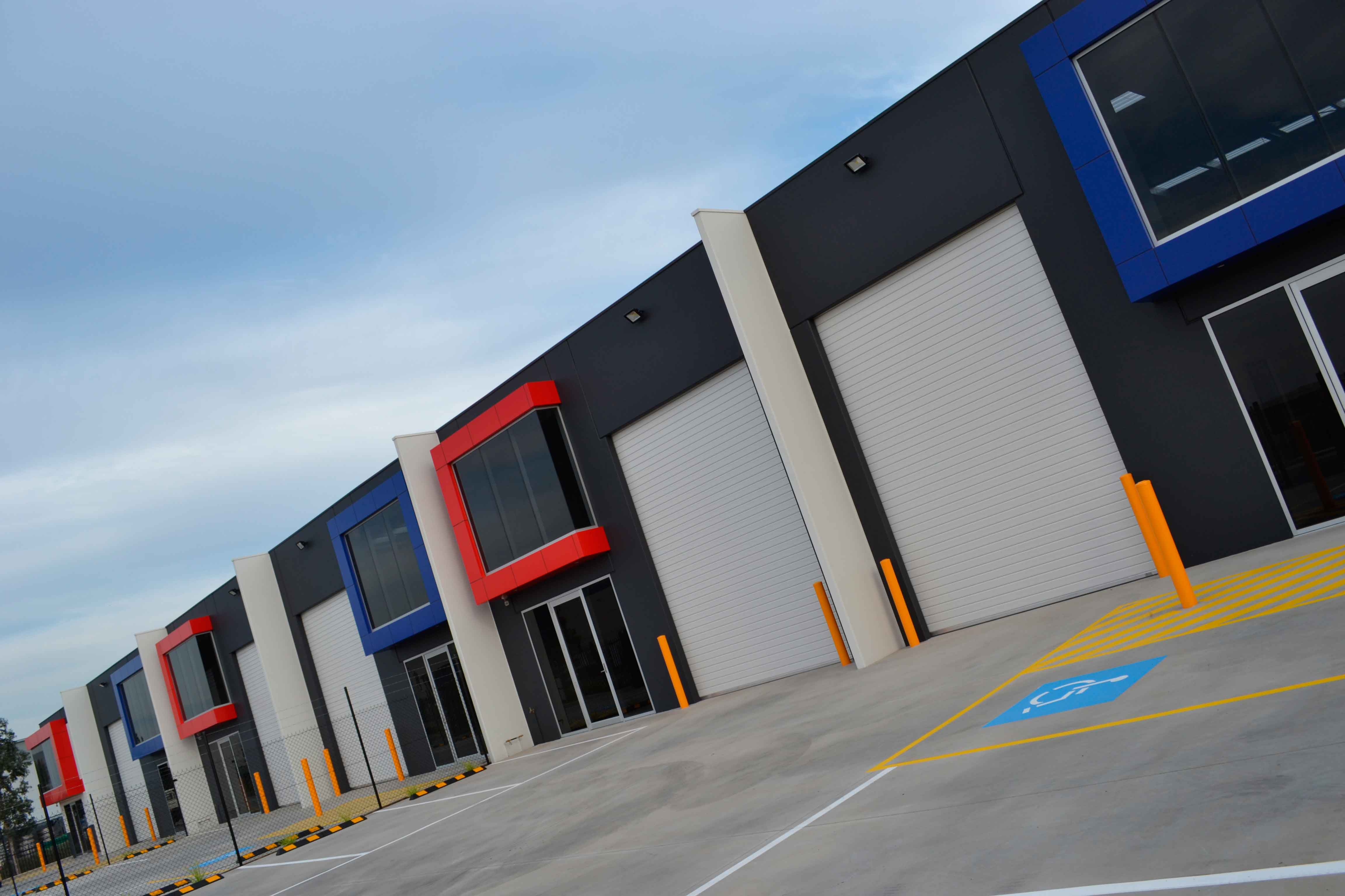 commercial builder point cook