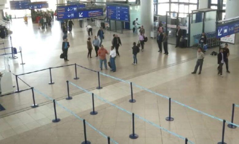 صورة تقليص عدد الرحلات الجوية الدولية جاء تخوفا من عدم نجاح البروتكول الصحي