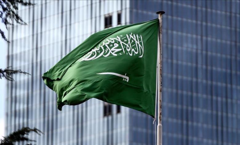صورة السعودية تمدد صلاحية الإقامات والتأشيرات حتى نهاية أوت