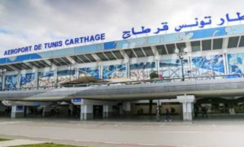 صورة رغم حيازتهم على تذكرة التكملة:تونس تمنع جزائريين قدموا من تركيا لدخول أراضيها