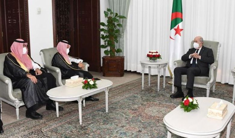 صورة رئيس الجمهورية يستقبل وزير خارجية السعودية