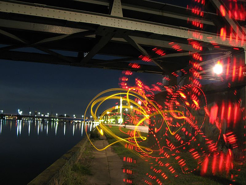 40+ Awesome Light Graffiti Pictures 1