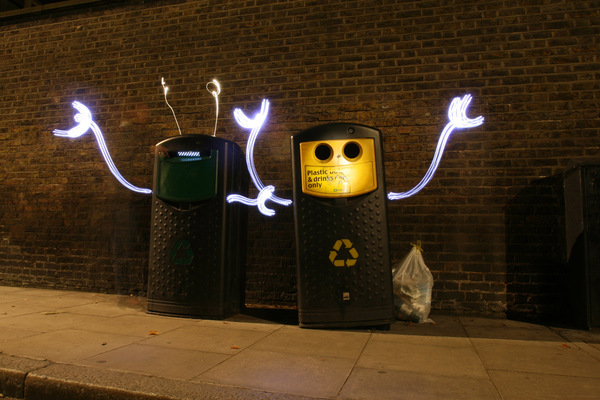 40+ Awesome Light Graffiti Pictures 18