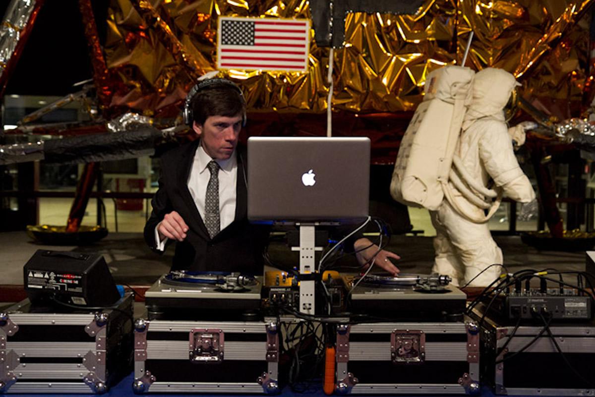 Top-Flight DJ Services