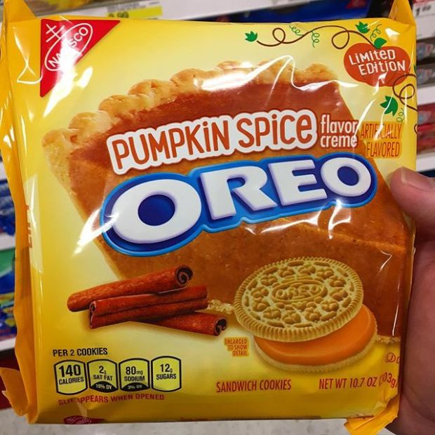 Haven't tried them yet, but not even Oreos are safe from the Pumpkin Spicers. 🤦🏽‍♂️ #oreo #pumpkinspice #pumpkinspiceoreos