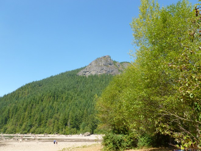 Rattlesnake Ridge from Rattlesnake Lake