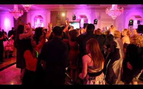 Four Weddings on TLC