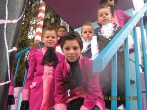 DjoyeuxCooytais-Saison2011-Grease-013