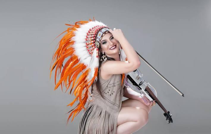 Taty Mesquita Live Violino