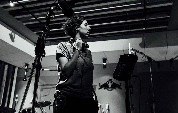 Luisa Puterman por Dan Wilton