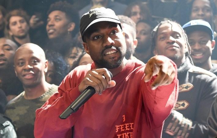 Kanye West em performance no Madson Square Garden - Nova York
