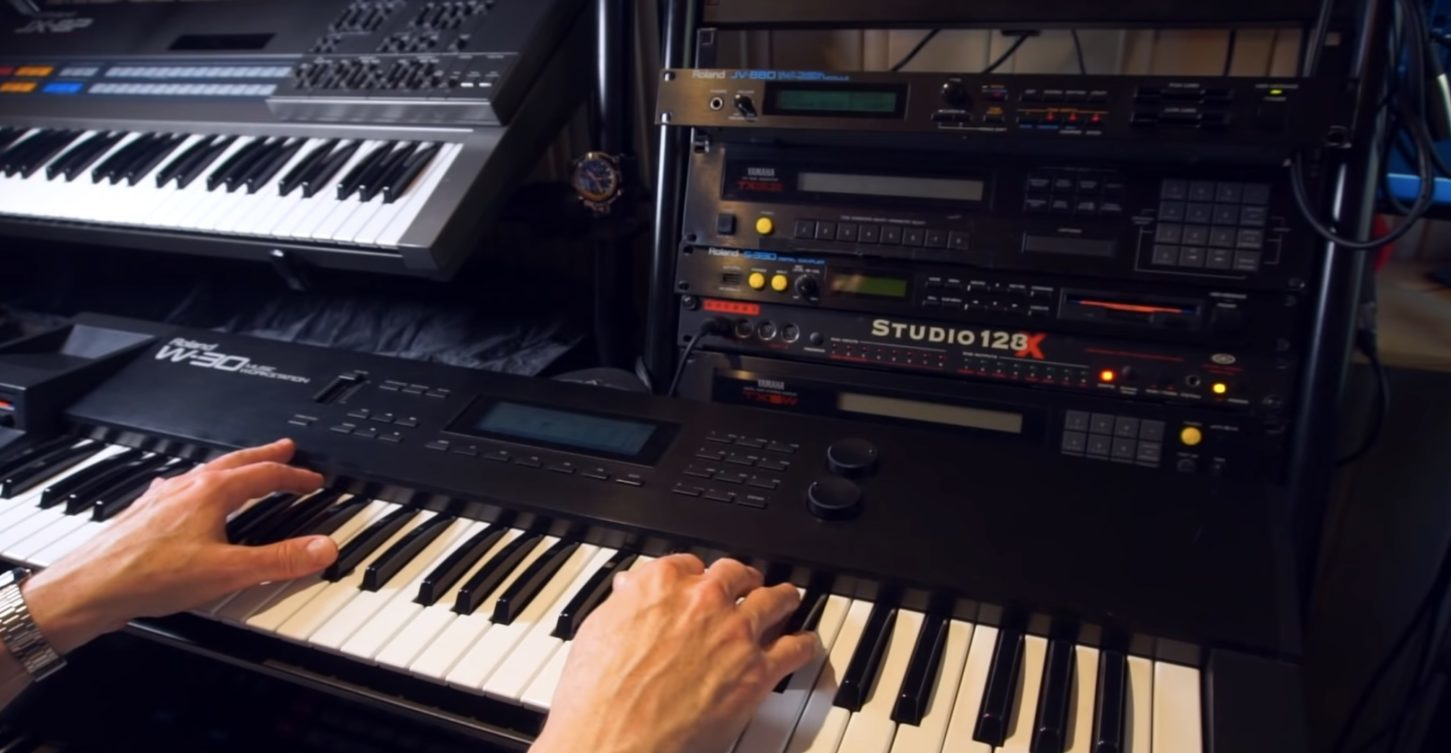 Roland JV-880 Multi-Timbral Synthesizer Hands-On Demo