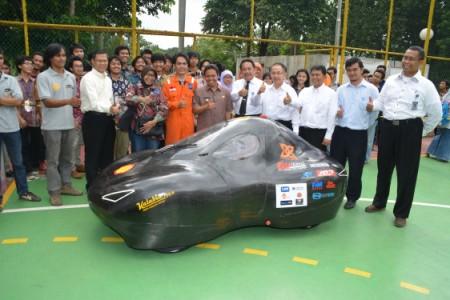 UI Luncurkan Tim Mobil Irit Masa Depan: UI Supermileage Vehicle Team