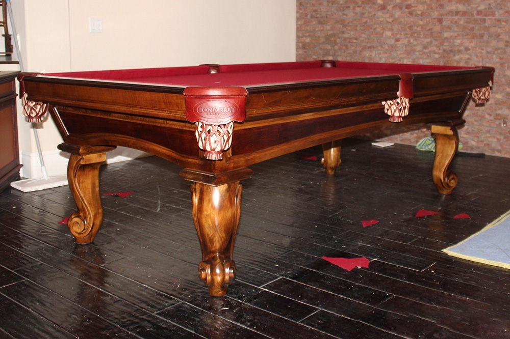 Two Tone Stain On Pool Tables Typically Involves A Pairing A Dark And Light  Stain. For Instance, A Black And Honey Stained Pool Table Creates A Very  Sharp ...