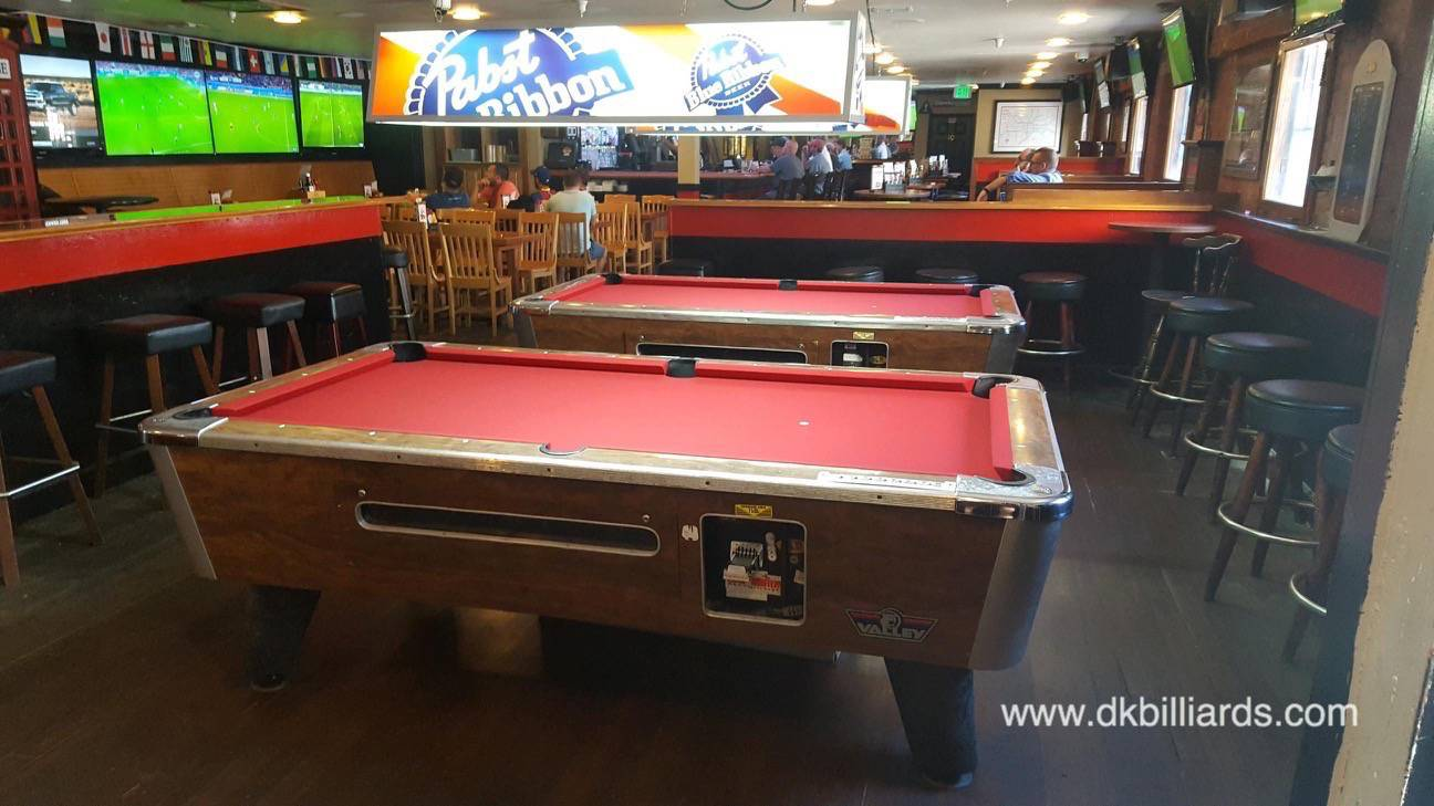Superbe Two Valley Coin Operated Pool Tables At The Underground Pub And Grill In  Hermosa Beach, California Are Ready To Play With New Burgundy Felt.