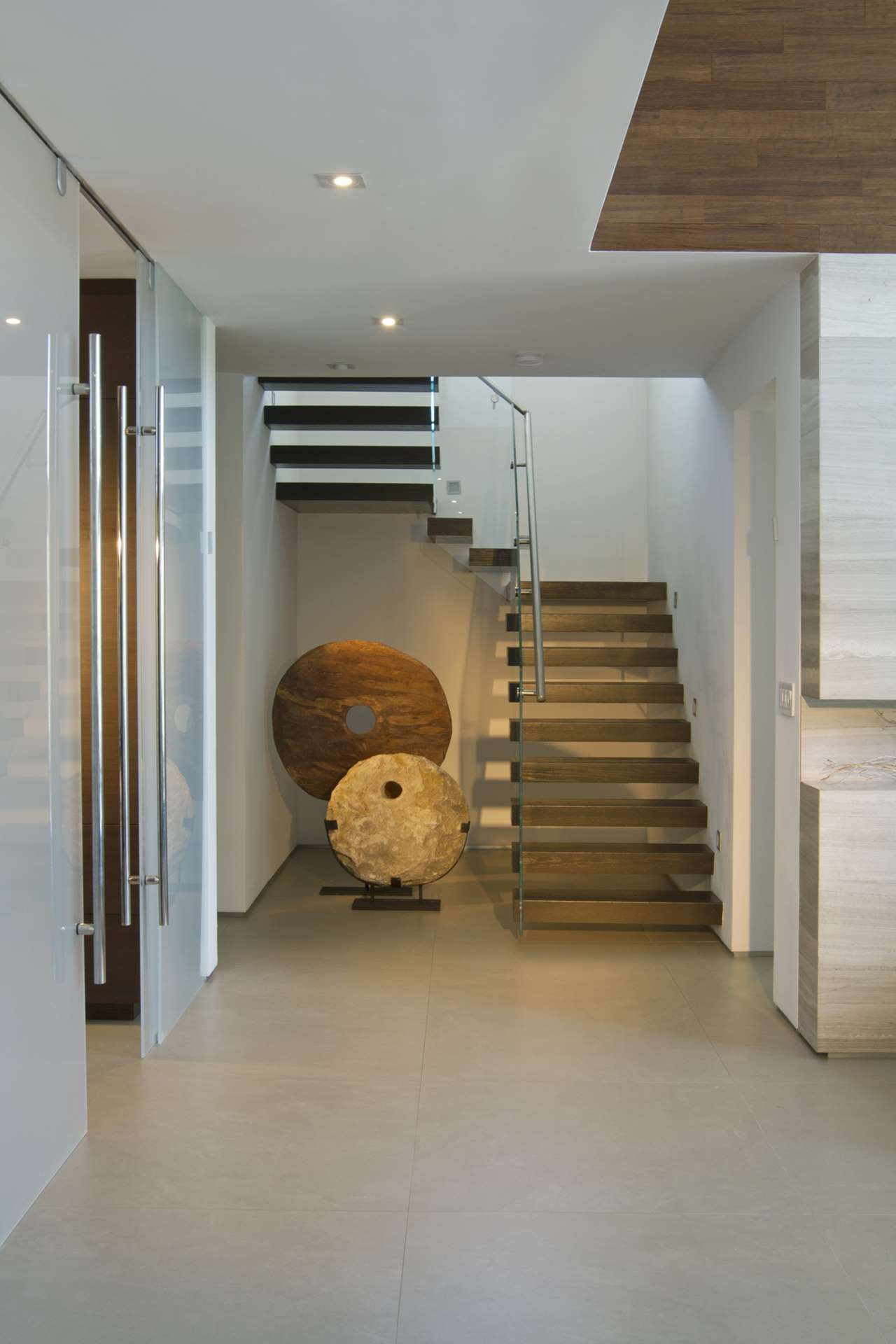 Modern Home - Residential Interior Design by DKOR Interiors on Interior:ybeqvfpgwcq= Modern House  id=35914