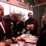 Stanisław Michalkiewicz rozmawia o książce z dwoma różnymi sympatykami