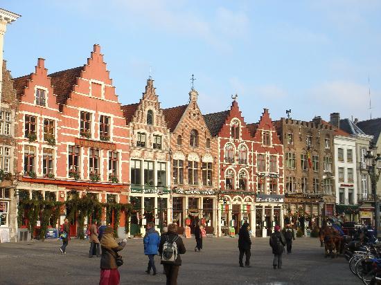 bruges markt square