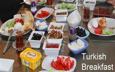 وجبات تركية شهية لا تخلو منها مائدة الفطور التركي دليل السياحة