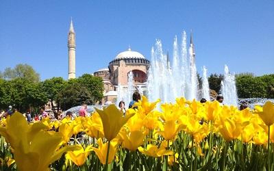 إسطنبول في فصل الربيع