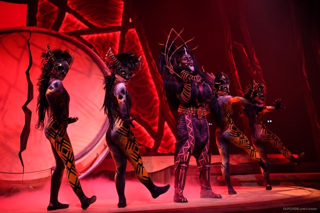 Scar in The Lion King: Rhythms of the Pride Lands musical stage show at Disneyland Paris