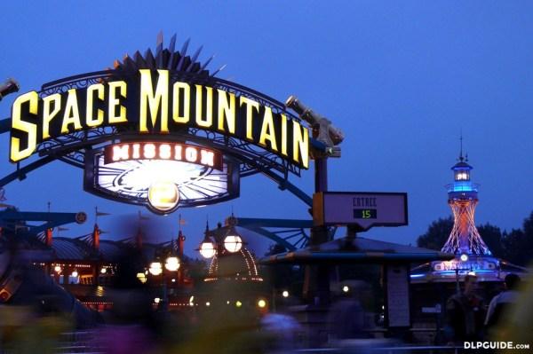 Space Mountain: Mission 2 — DLP Guide • Disneyland Paris ...