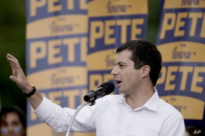 Democratic presidential candidate and South Bend Mayor Pete Buttigieg speaks at the Polk County Democrats Steak Fry, in Des Moines, Iowa, Saturday, Sept. 21, 2019. (AP Photo/Nati Harnik)