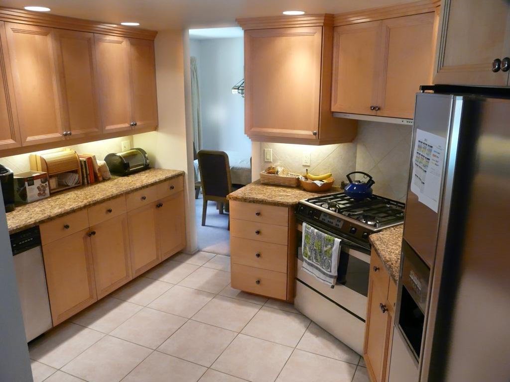 Fluorescent Kitchen Light Fixtures