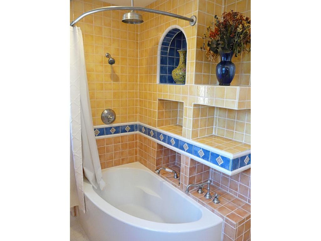 Color Splash Bath Danilo Nesovic Designer 183 Builder