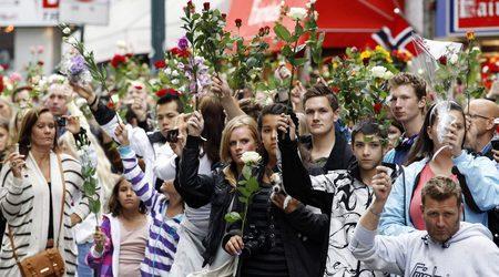 Над 100 000 демонстрират в Осло срещу насилието