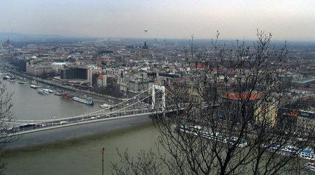 Безплатни разходки с екскурзовод в европейски столици - къде и кога