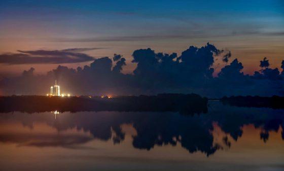 SpaceX се присъединява към космическия туризъм тази вечер с амбициозна мисия