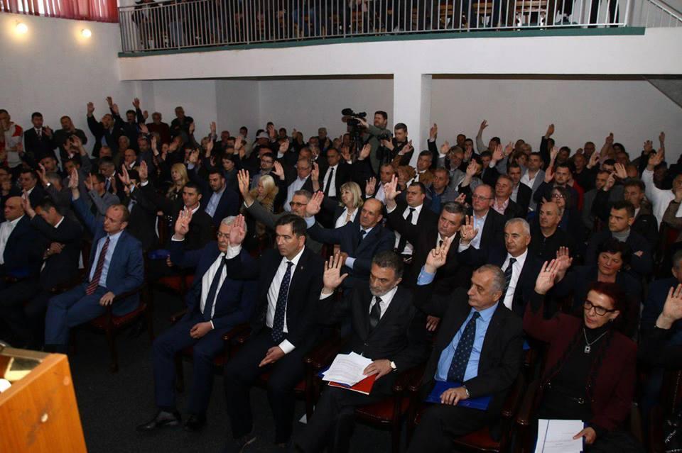 Skupština u Murinu izglasala predlog o referendumu o NATO-u