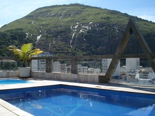 rio-carnival-package-augustos-hotel-pool2