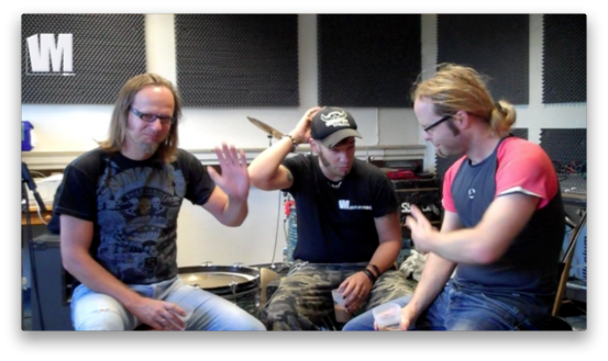 Screenshot: Rainer, Slick, Tobi (v.l.n.r.) im Proberaum von Fiddler