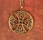 Round Celtic ross Necklace - Bronze