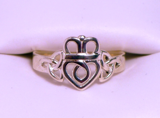 Silver Claddagh Ring Triquetra