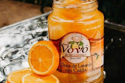 Sirva a melhor sobremesa de laranja do momento