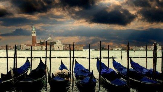 Vous visitez Venise ? Tout savoir sur les gondoles !
