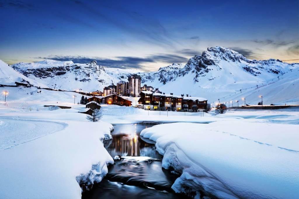 Visuel sur les alpes du sud, la destination idéale pour les vacances d'hiver