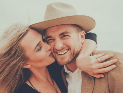 key-happy-marriage-love-couple-kiss
