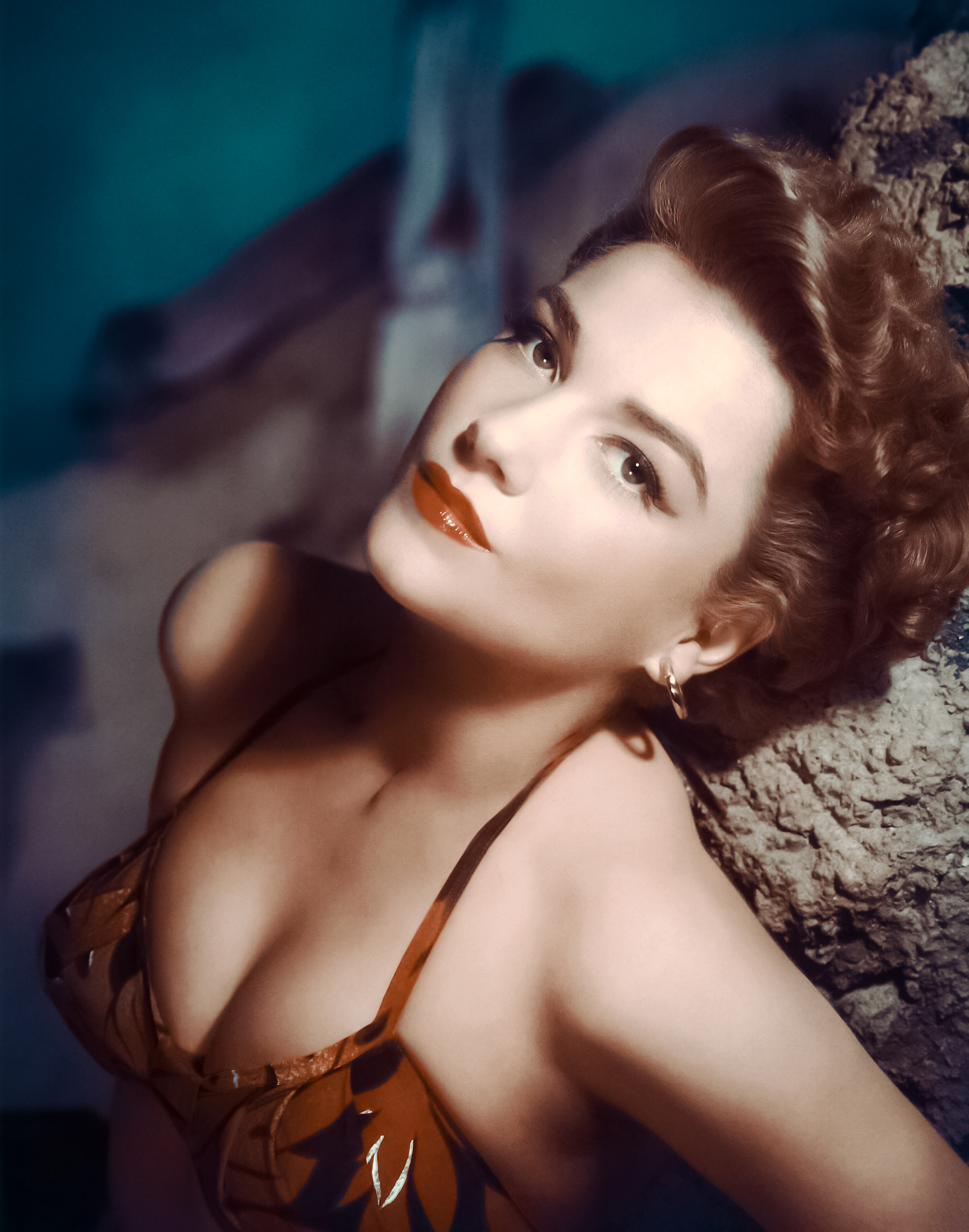 Anne Baxter Photo Gallery
